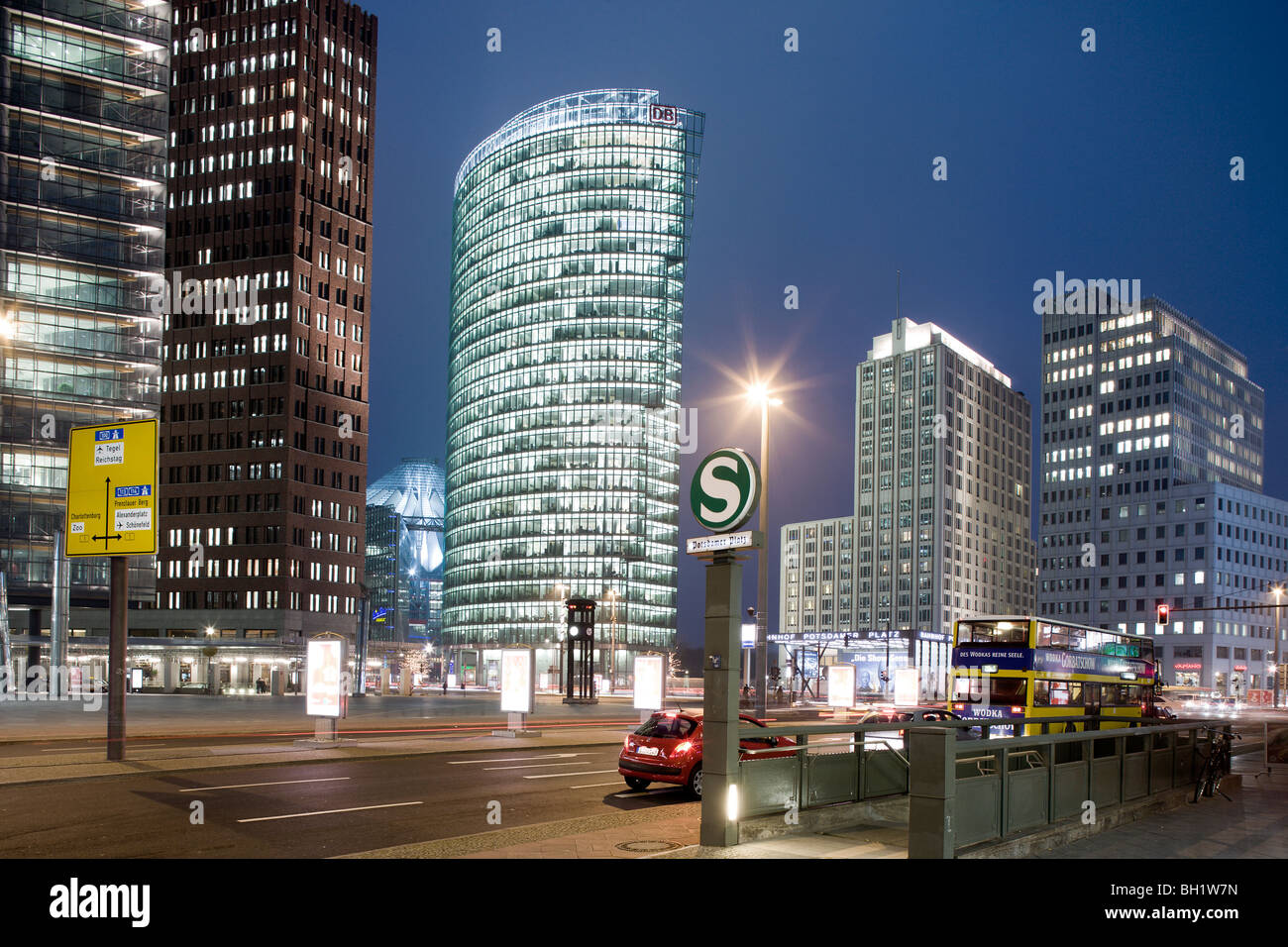 Potsdamer Platz from left to right Renzo Piano Tower, Hans Kollhoff Tower, Sony Center, Bahn Tower, Beisheim Center - Stock Image