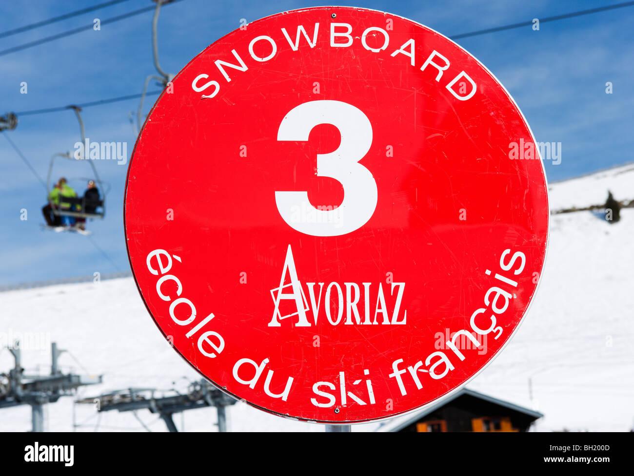 Meeting point sign for Ecole du Ski Francais (ESF), Avoriaz, Portes du Soleil Ski Region, Haute Savoie, France - Stock Image