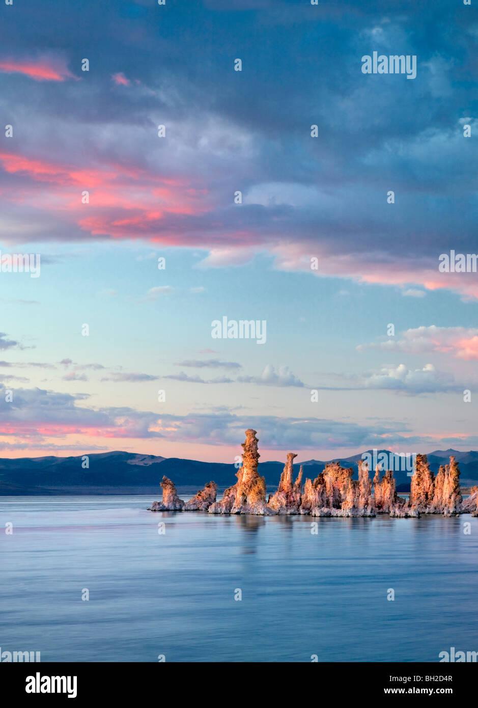 Tufa and sunset. Mono Lake, California - Stock Image