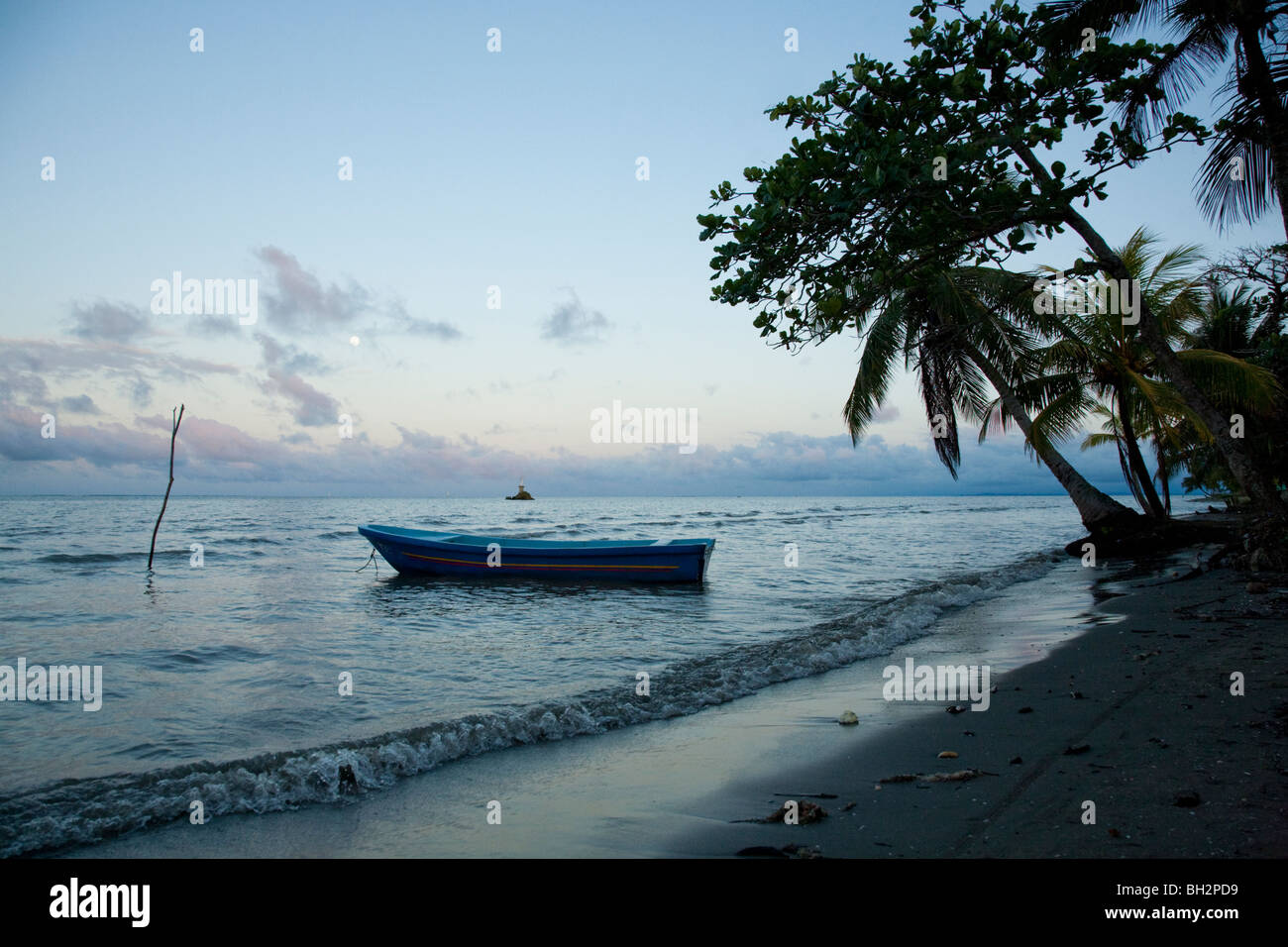 Sunset, Caribbean Sea, Livingston, Guatemala. - Stock Image