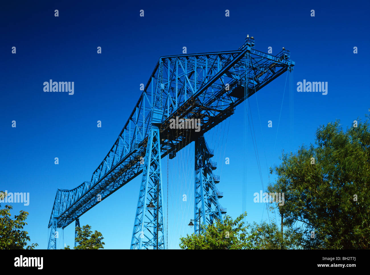 A daytime view of the Transporter Bridge over the River Wear in Middlesbrough, Tees Valley - Stock Image