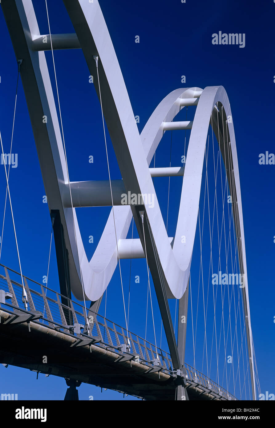 A daytime view of the Infinity Bridge over the River Tees, Stockton on Tees - Stock Image