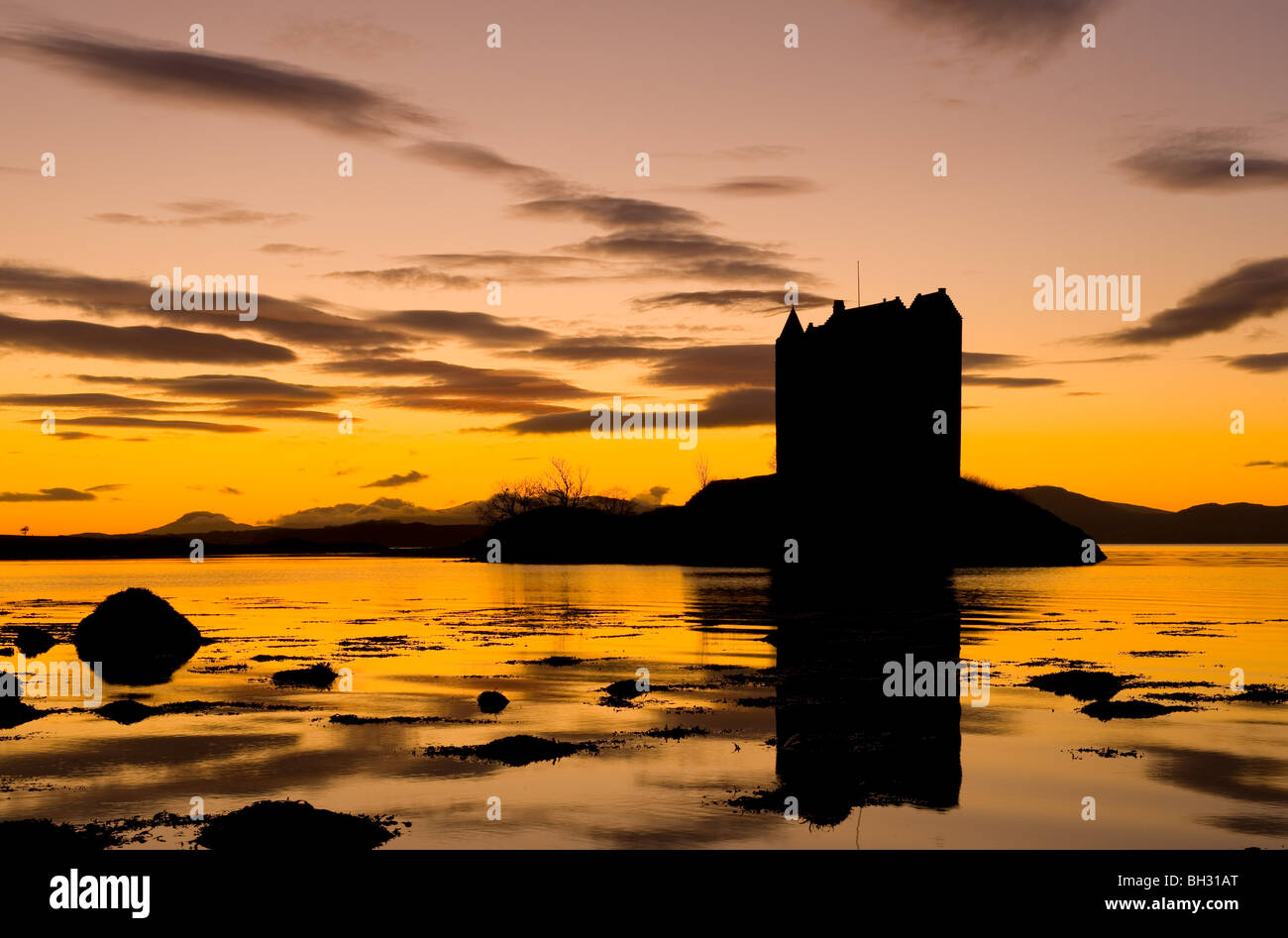 Castle Stalker Sunset, Appin and the Firth of Lorne looking towards Isle of Mull. - Stock Image