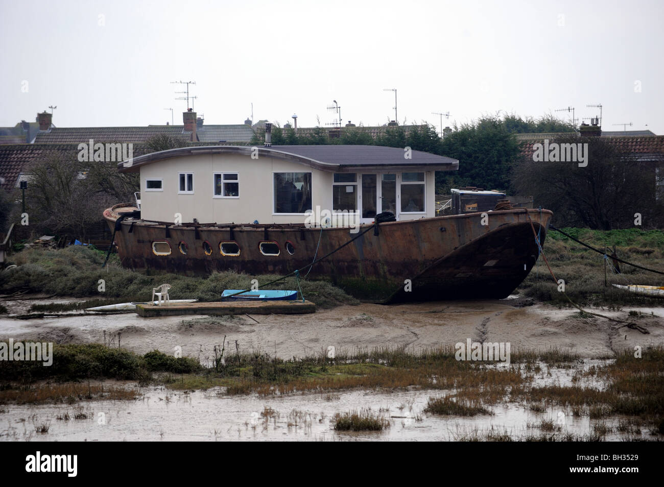 Houseboats moored on the river adur at shoreham by sea Stock Photo