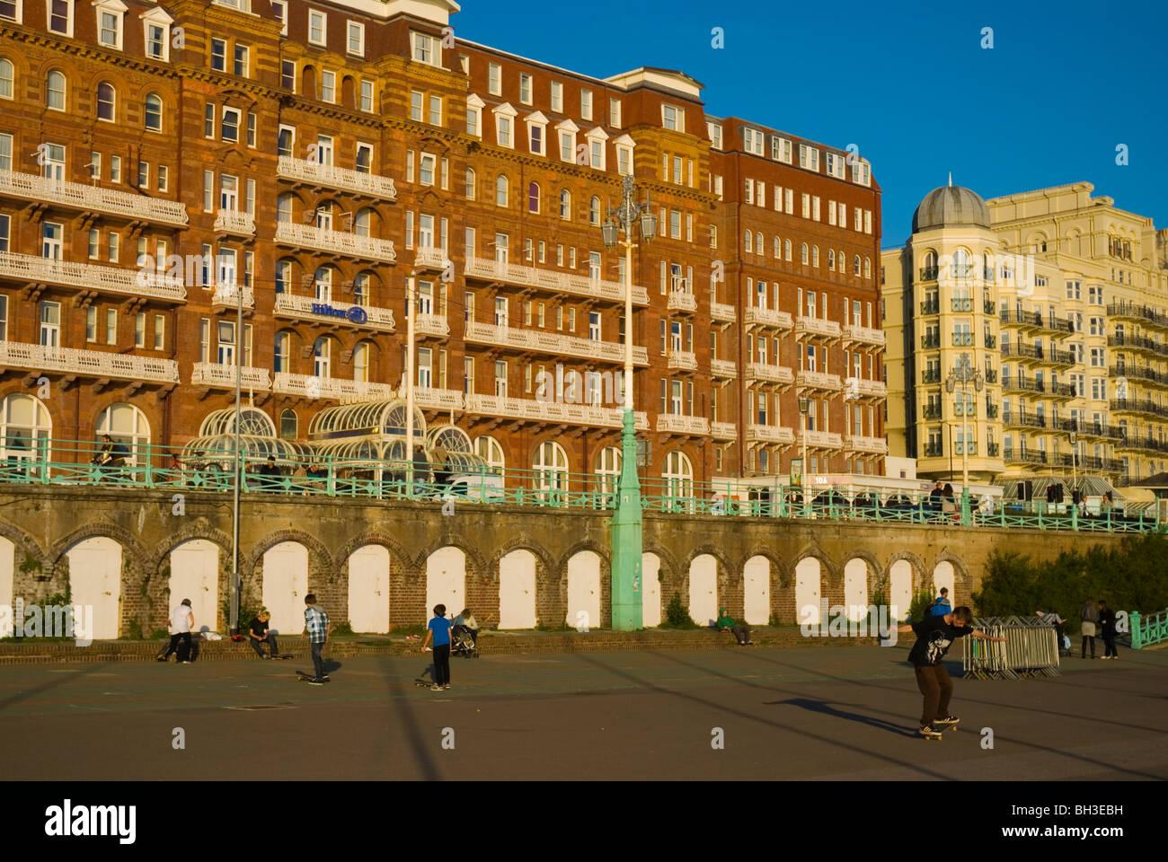 Skateboarders King's Road Arches on beachside esplanade in Brighton England UK Europe Stock Photo