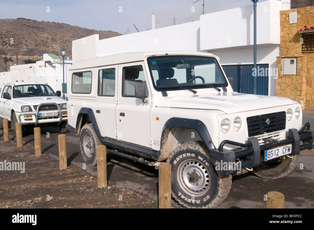 santana land rover spanish made in spain under license from rover stock photo 27737484 alamy. Black Bedroom Furniture Sets. Home Design Ideas