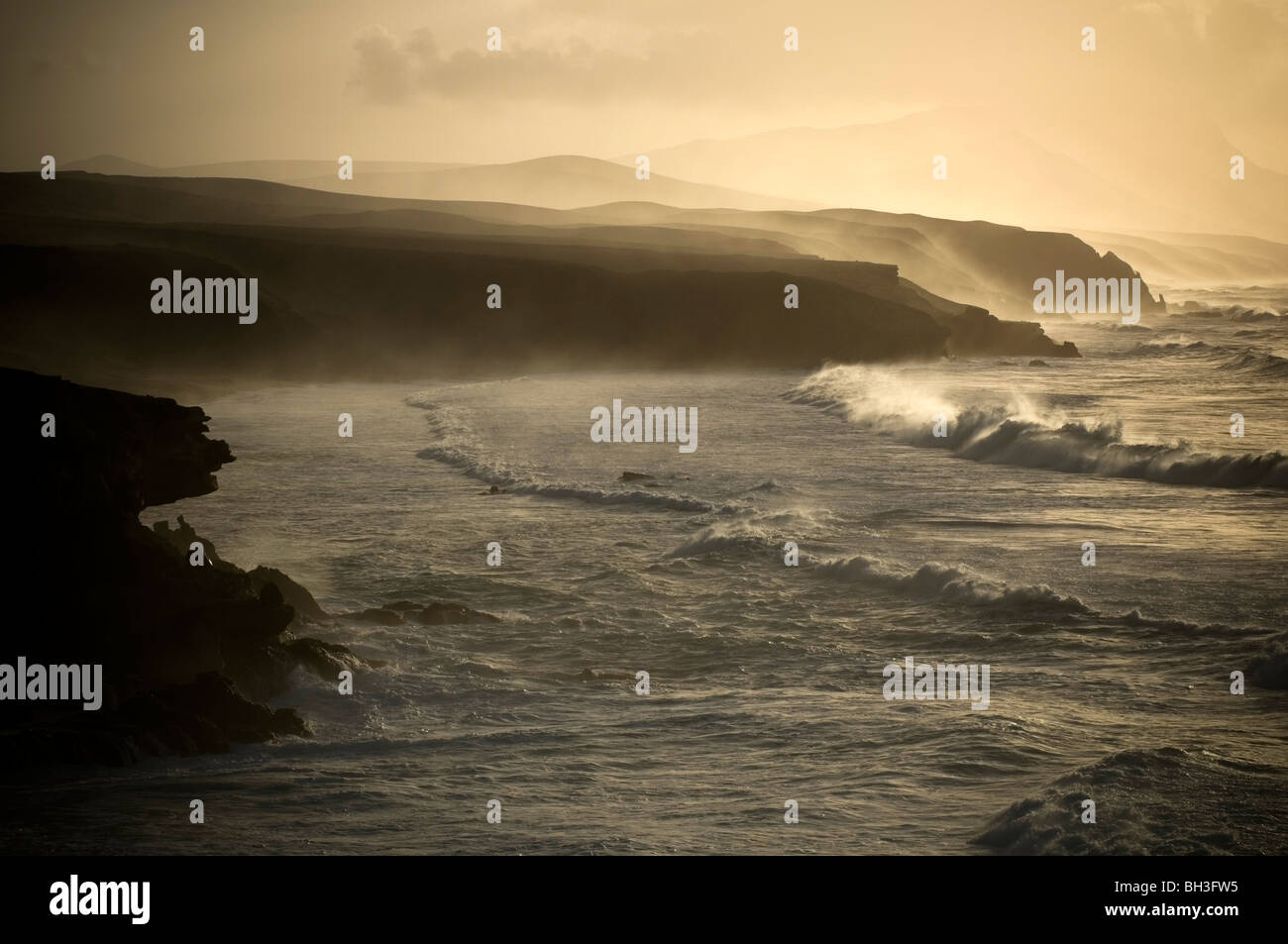 stormy sea seas seascape scape seascapes scapes drama dramatic heavy storms storm rough wave waves moody swell - Stock Image