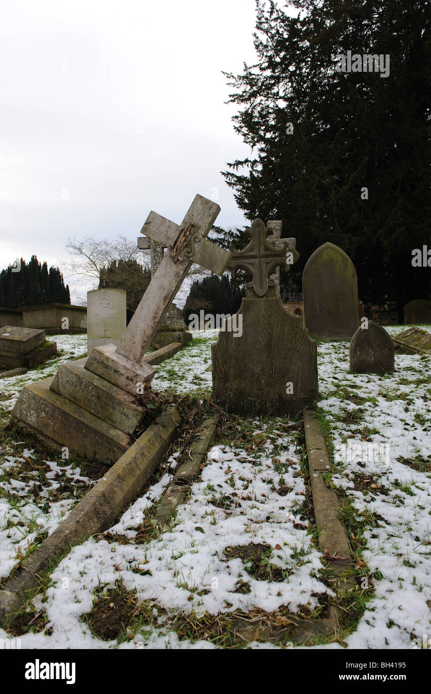 Old graves in disrepair - Stock Image