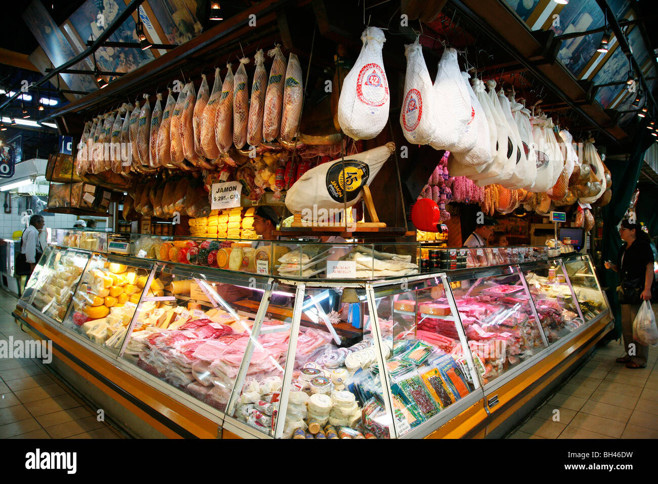 People at Mercado Central the city central market, Mendoza, Argentina. - Stock Image
