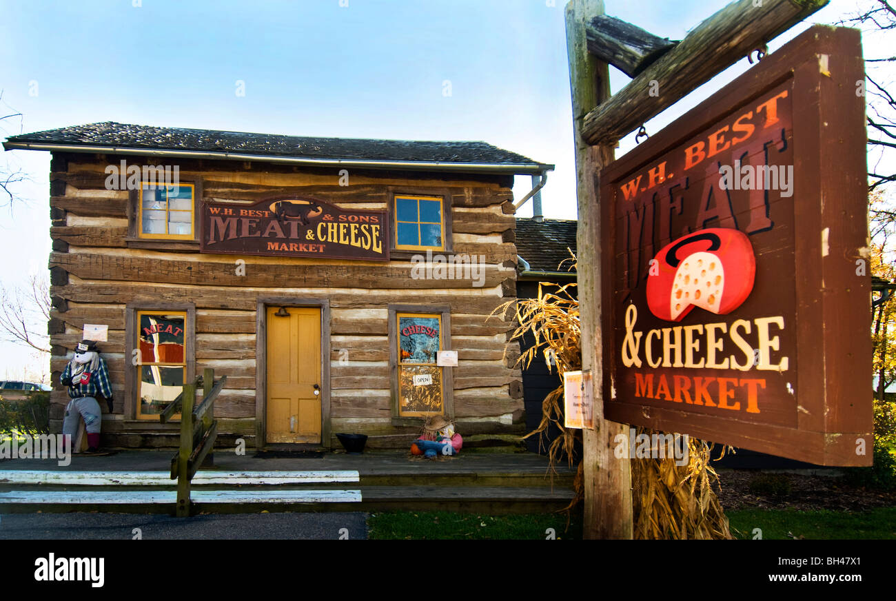 Best Meat and Cheese Market at Amish Acres in Nappanee, Indiana. - Stock Image
