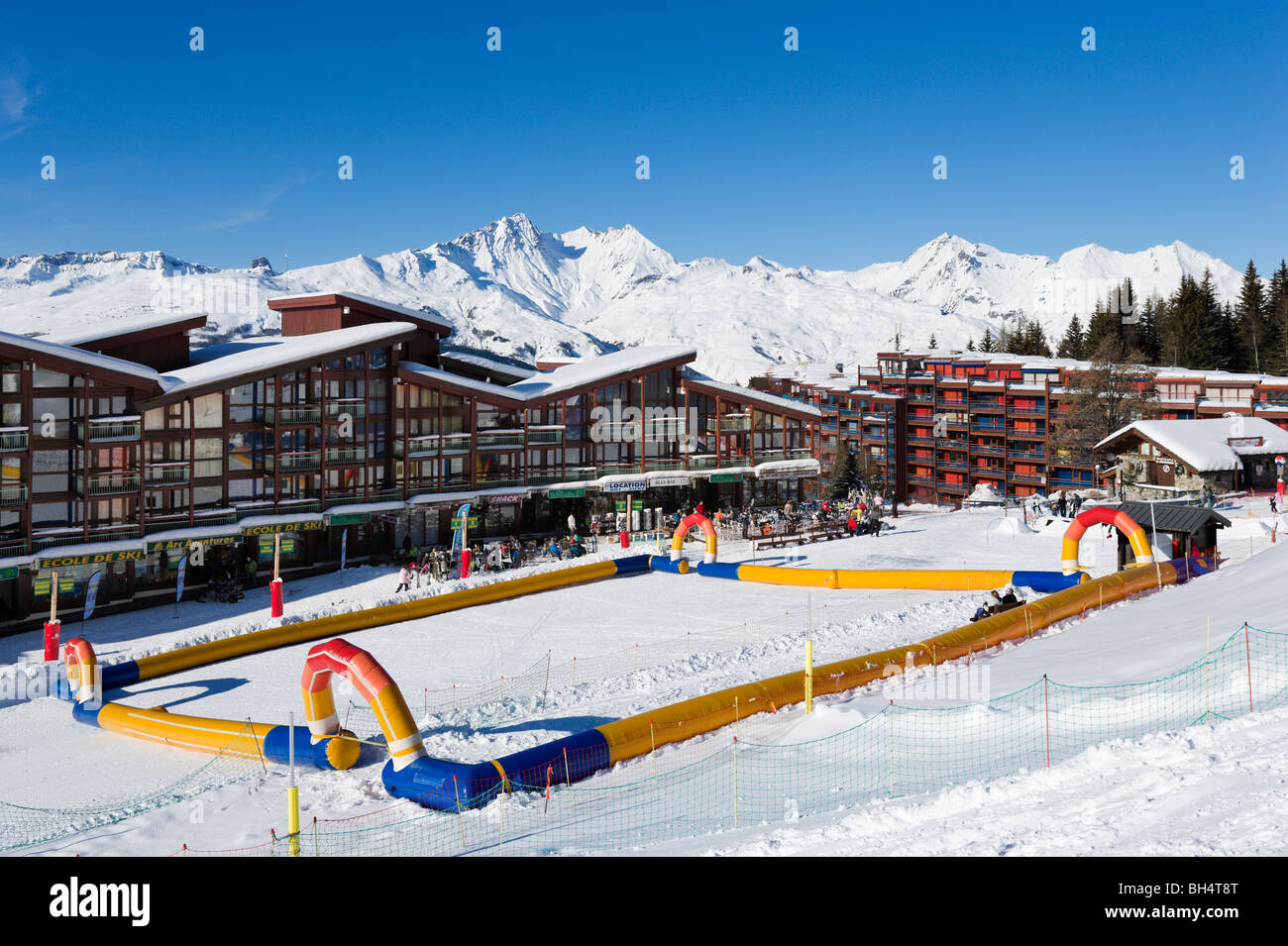 Bottom of the slopes in the resort centre, Arc 1800, Les Arcs, Tarentaise, Savoie, France - Stock Image