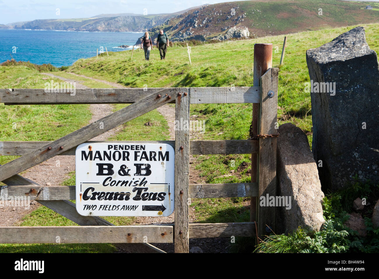 Notice for Manor Farm (B&B and Cornish cream teas) at Pendeen Watch/Porteras Cove, Pendeen, Cornwall - Stock Image