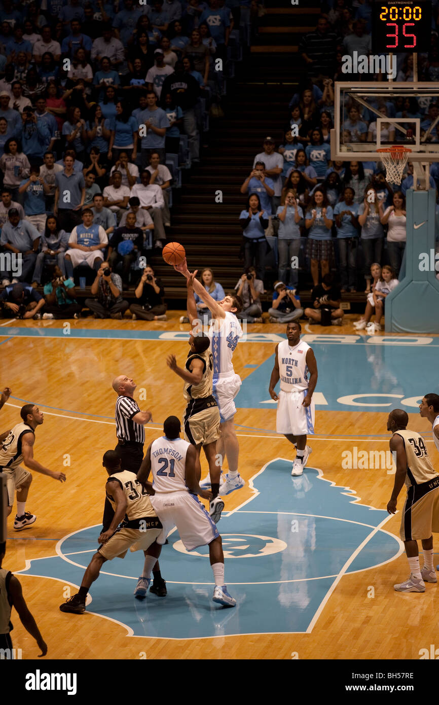 UNC basketball game tipoff - Stock Image