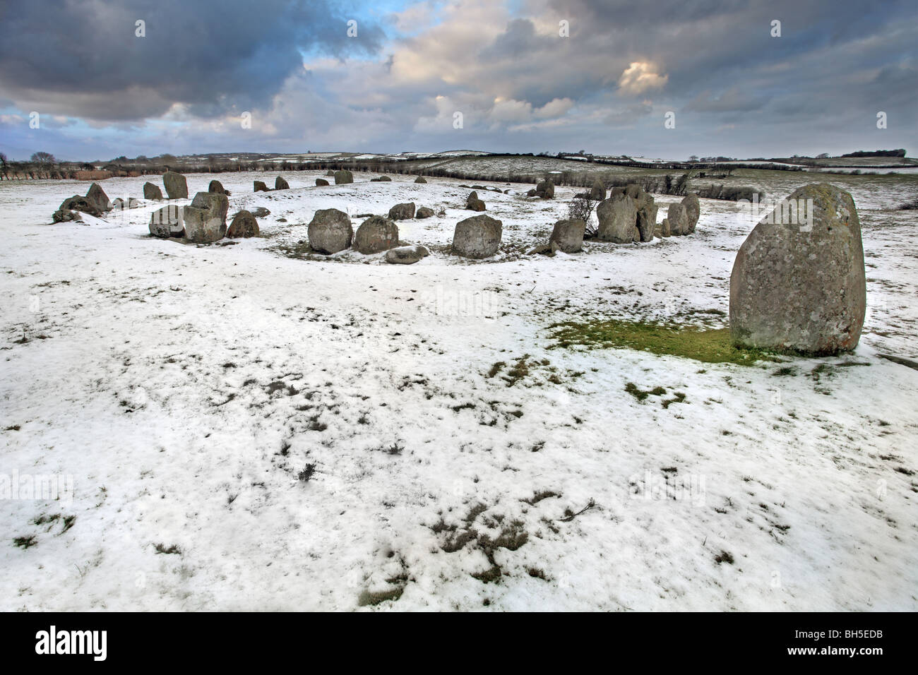 Ballynoe stone circle in the snow, Co Down. - Stock Image