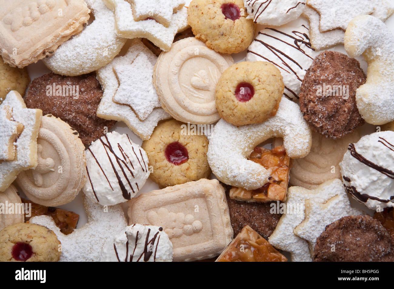 Weihnachtsgebäck Springerle.Vanillekipferl Stock Photos Vanillekipferl Stock Images Alamy