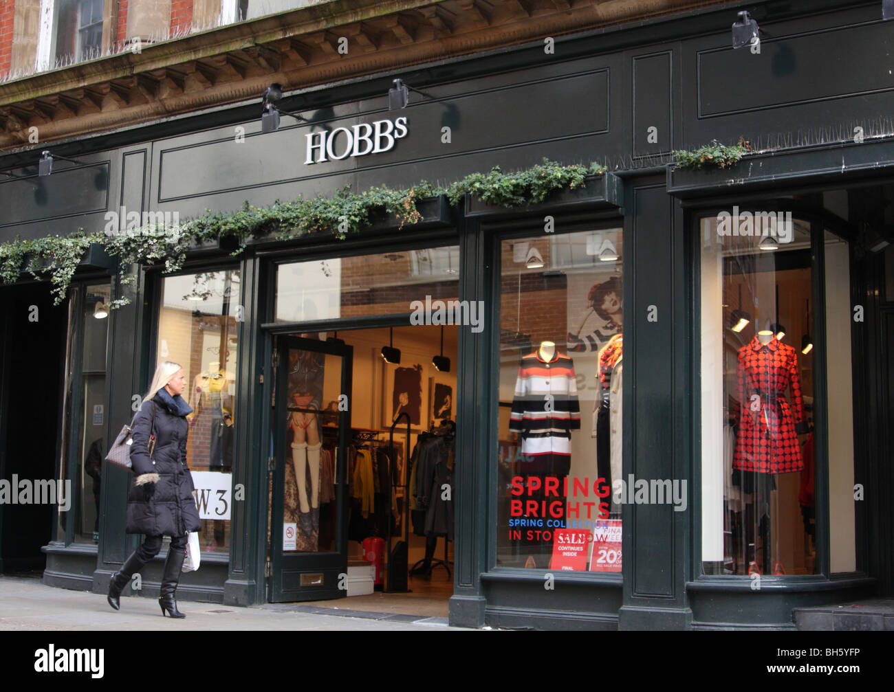 c9768c8eab97 Hobbs Fashion Store Uk Stock Photos & Hobbs Fashion Store Uk Stock ...