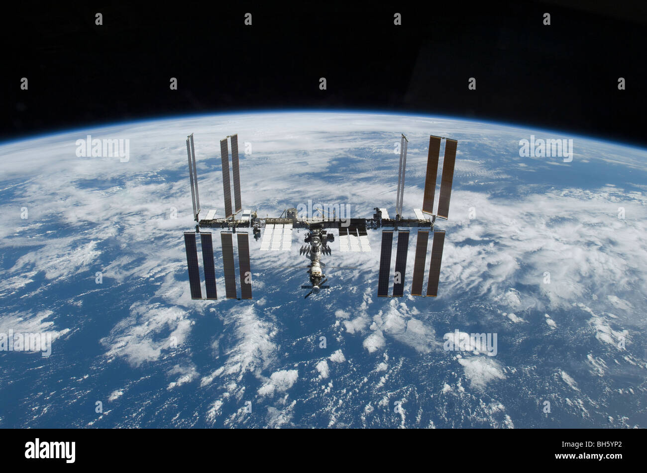 November 25, 2009 - The International Space Station in orbit above the Earth. - Stock Image