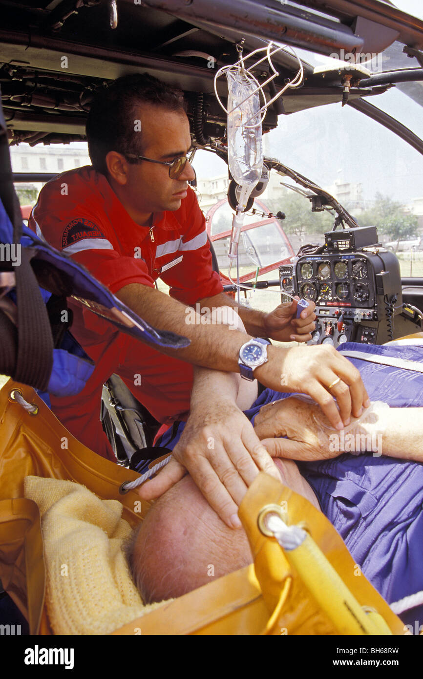 MEDICAL EVACUATION BY HELICOPTER OF A VICTIM ACCOMPANIED BY A DOCTOR, MONTPELLIER, HERAULT (34), FRANCE - Stock Image