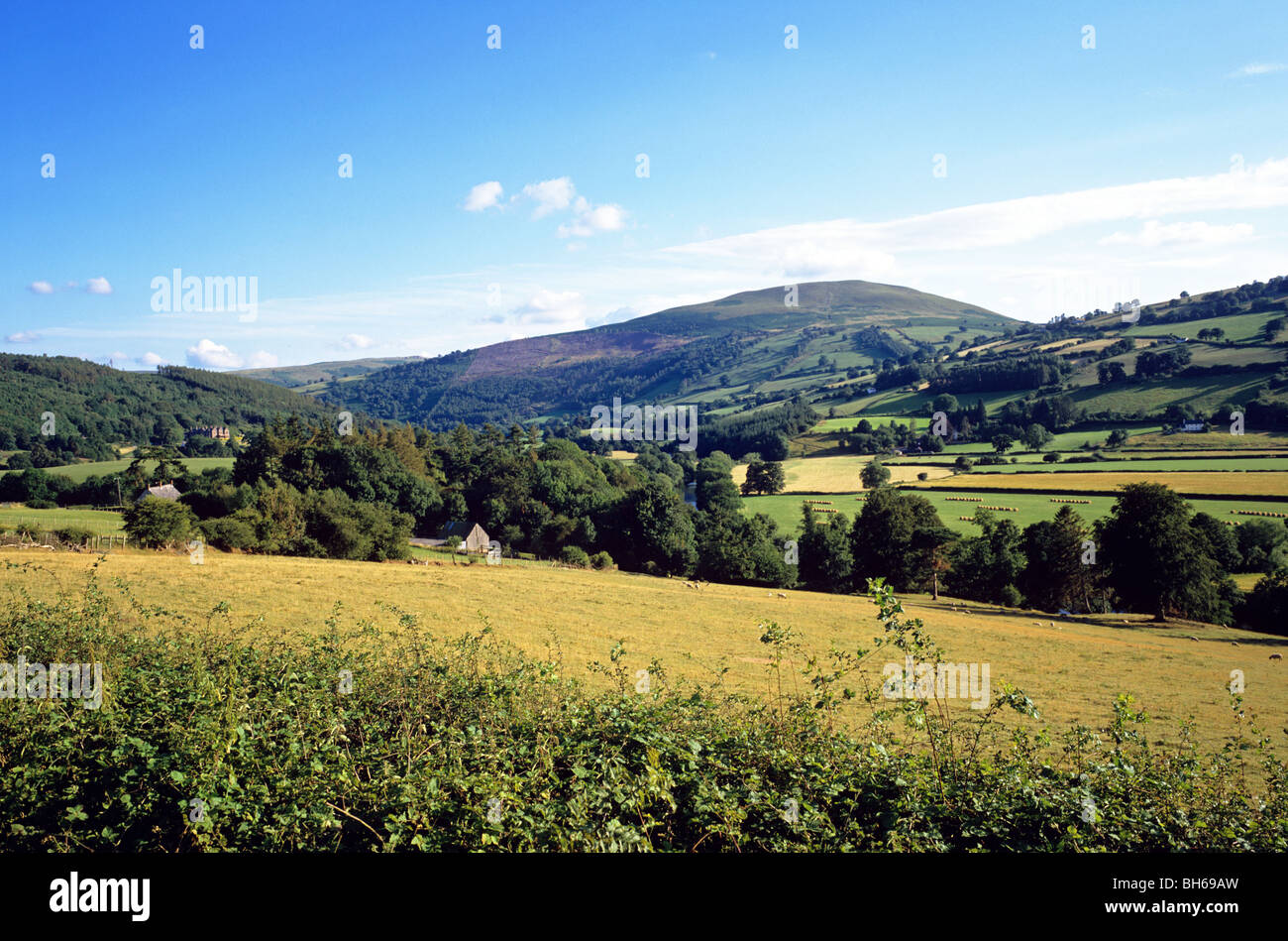 Picturesque village of Talybont-on-Usk on the River Usk set in the Brecon Beacons - Stock Image