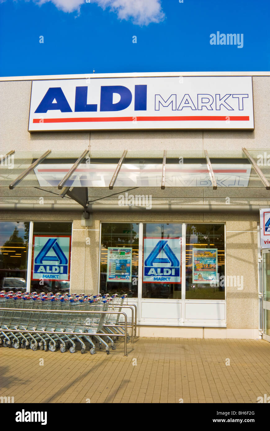 Entrance of an Aldi discount food and grocery store, Germany