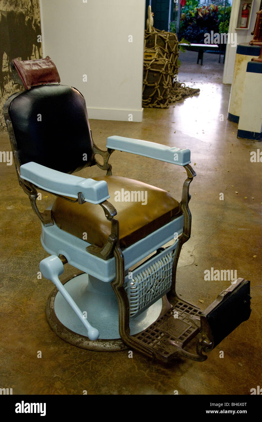 Old Barber Chairs >> Old Antique Barber Chair Stock Photos Old Antique Barber
