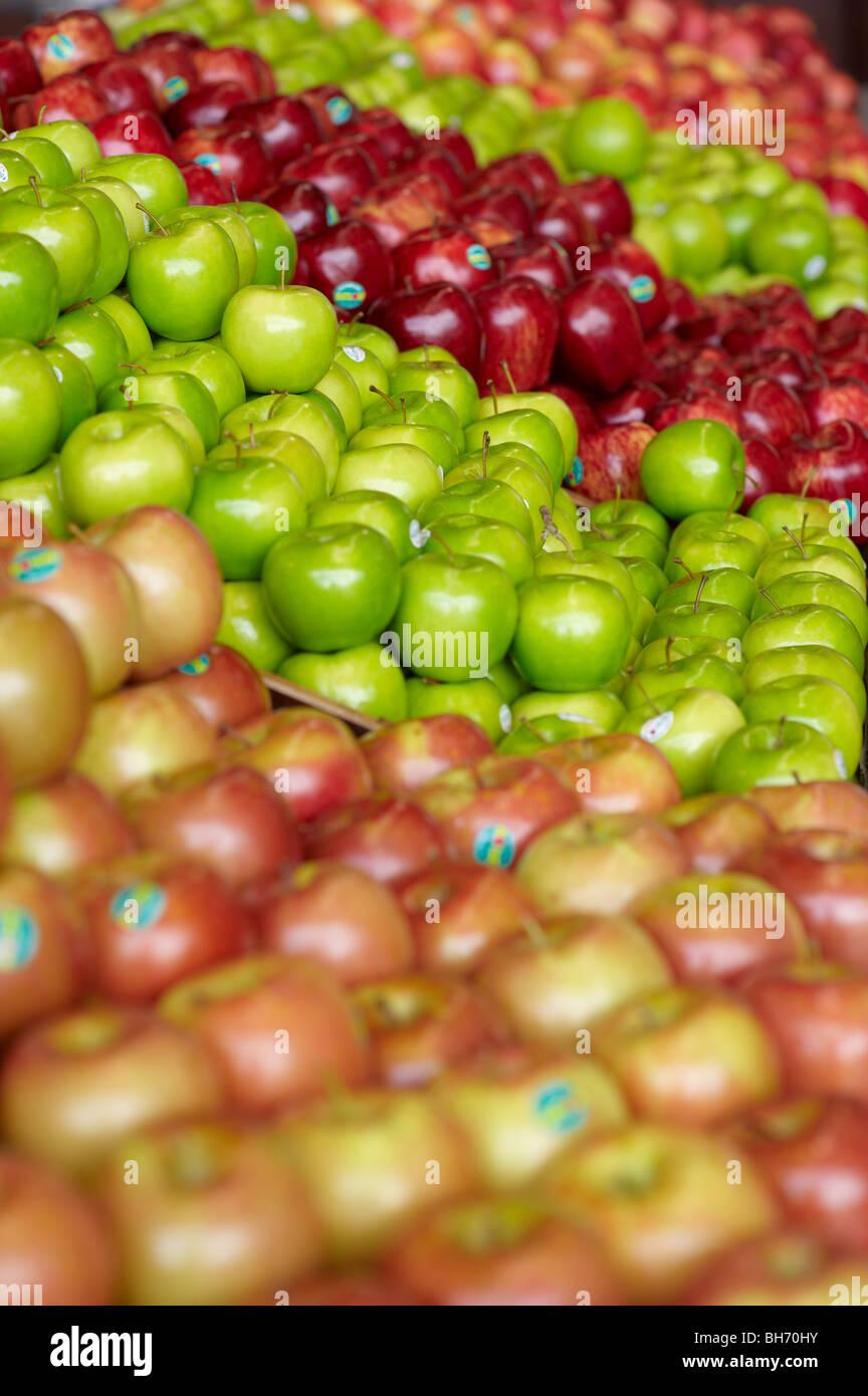 Apples at fruit market - Stock Image