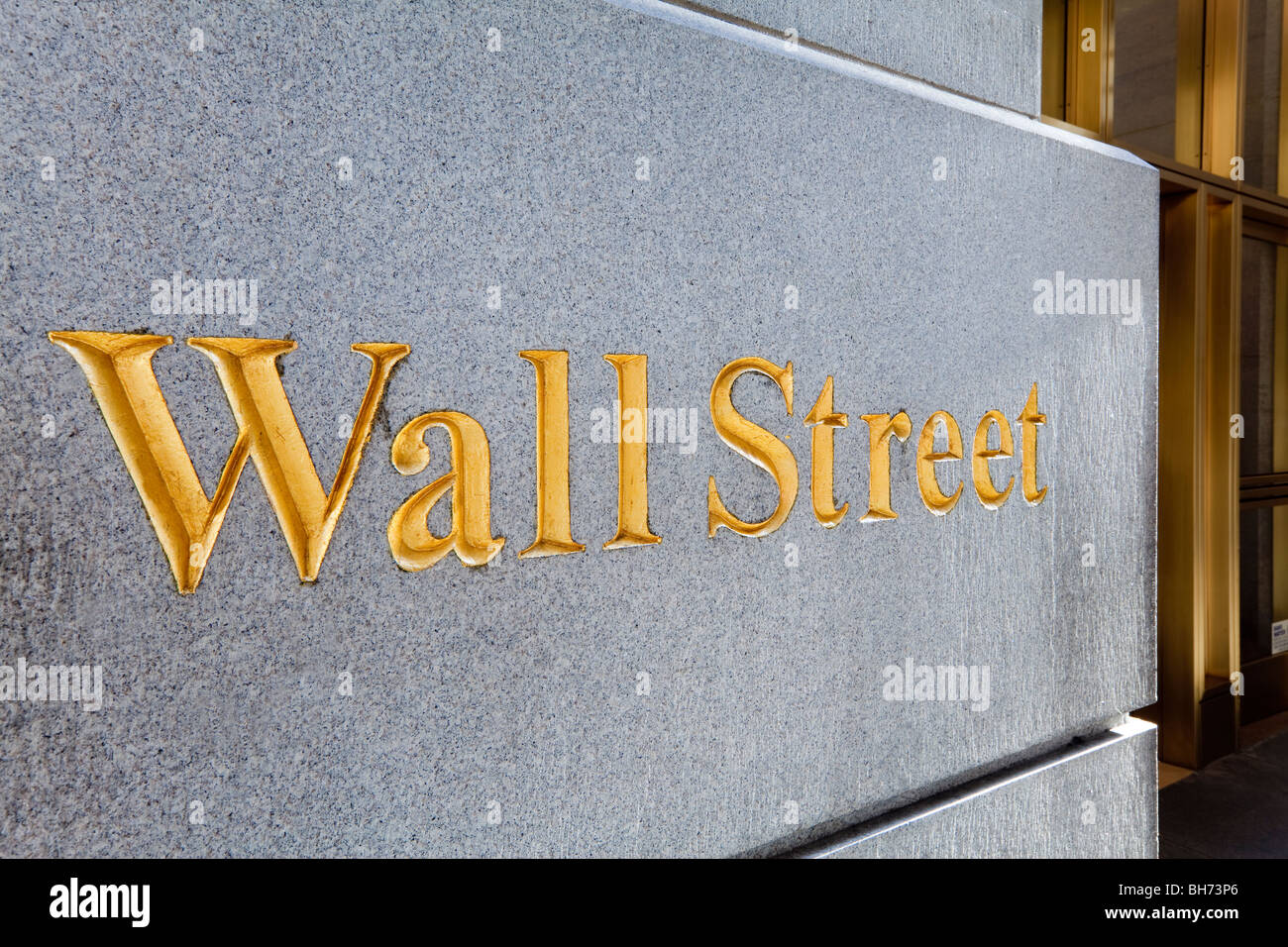 USA, New York City, Manhattan, Wall Street sign in the downtown Financial District of Manhattan - Stock Image