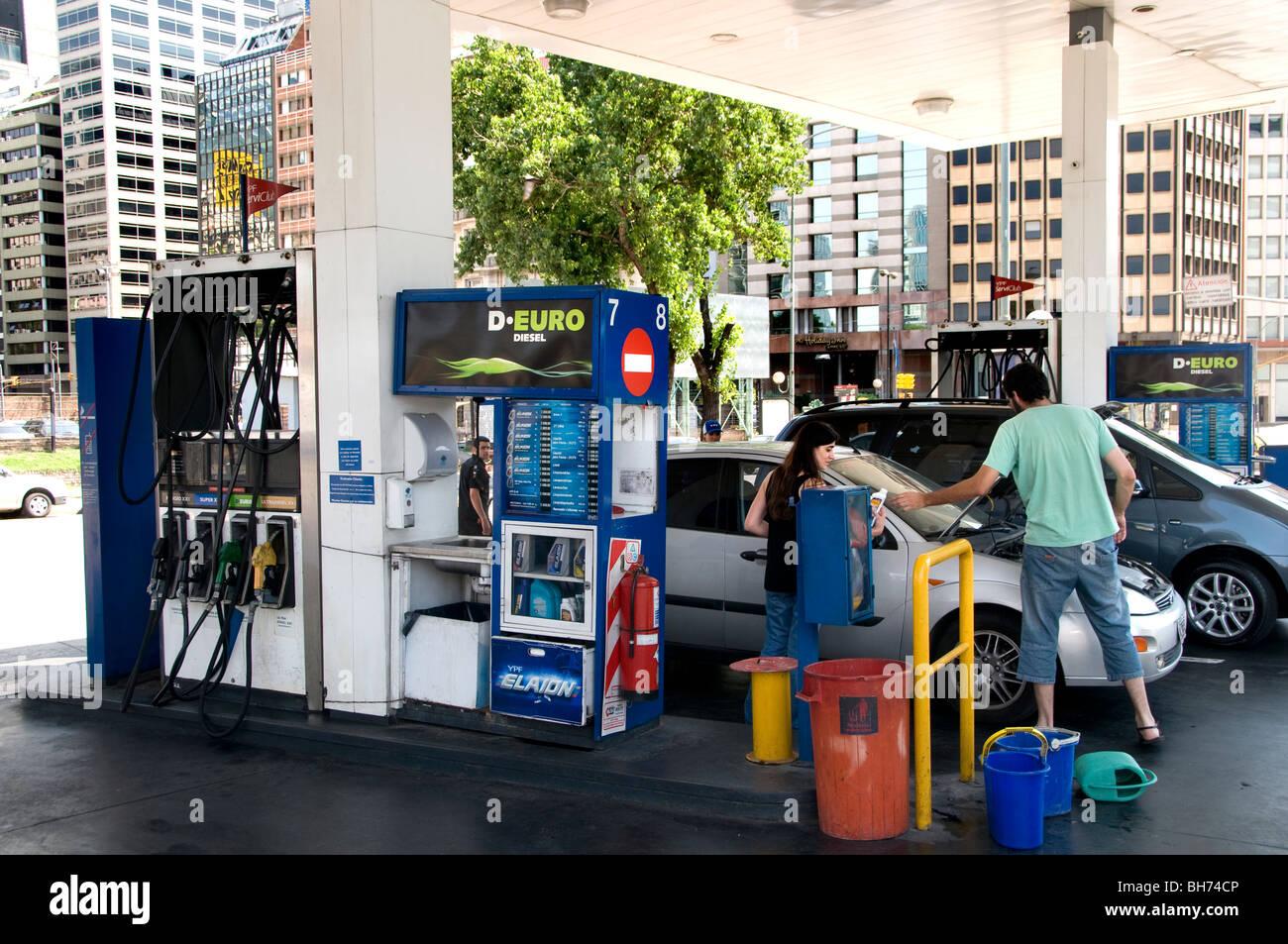 Argentina filling station petrol gasoline benzine - Stock Image