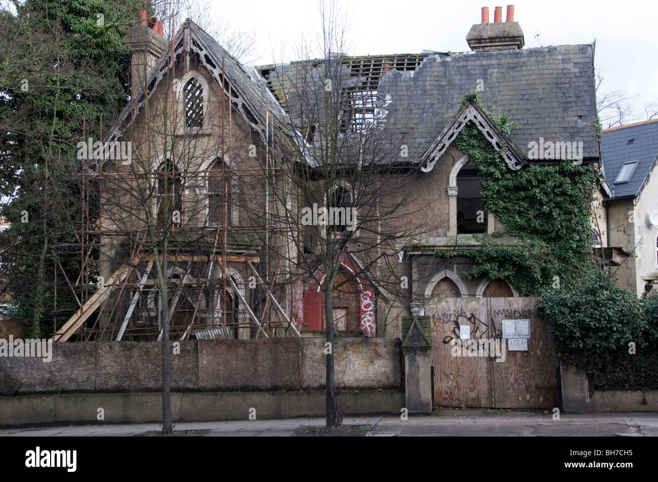 The Concrete House in Lordship Lane, East Dulwich, London.   FURTHER DETAILS IN DESCRIPTION. - Stock Image