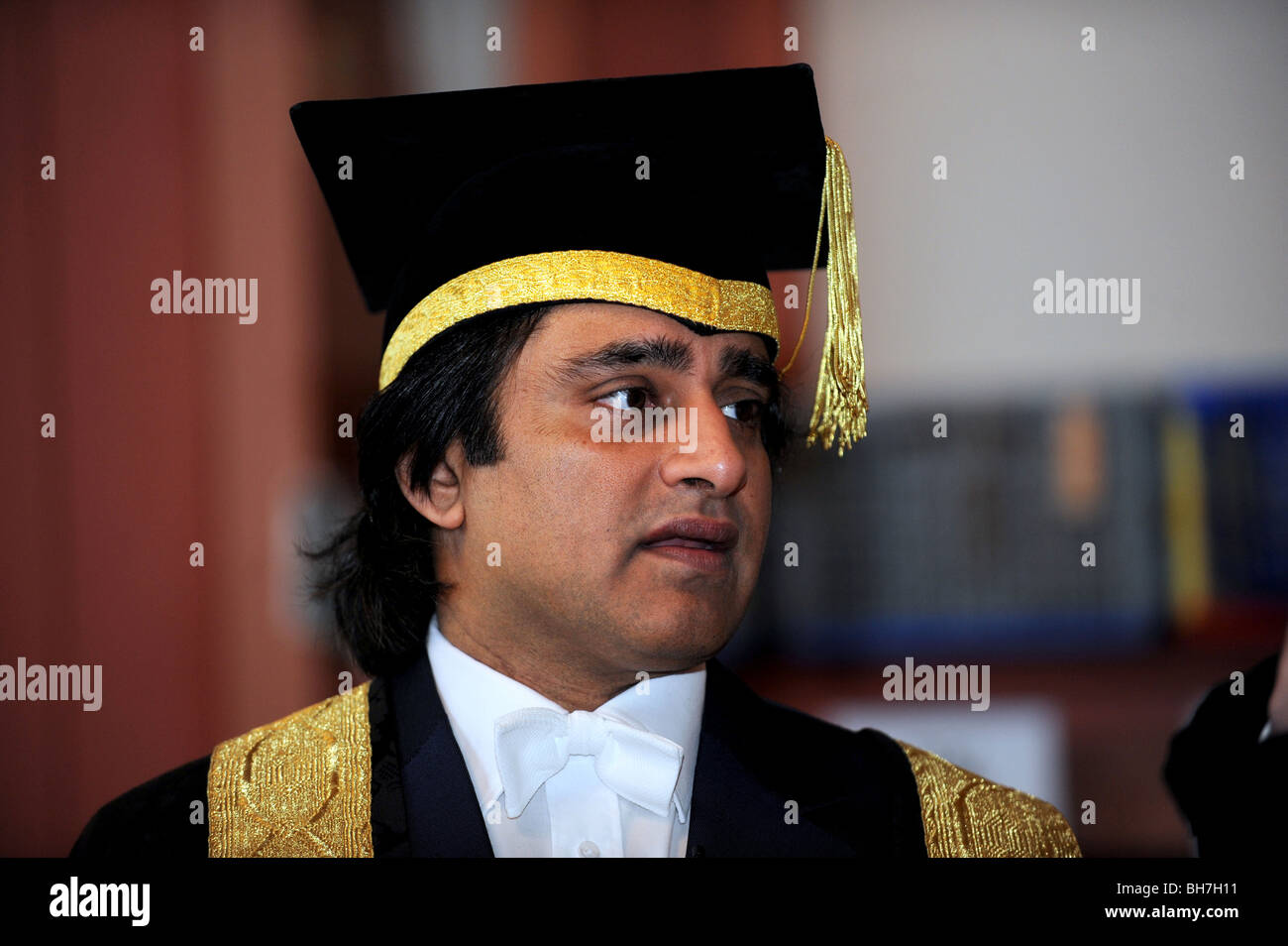 The University of Sussex Chancellor Sanjeev Bhaskar before the winter graduation ceremony took place at Brighton - Stock Image