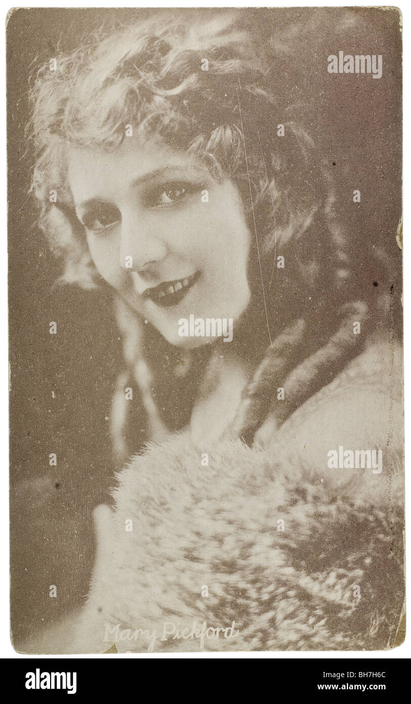 Vintage photo postcard of silent movie actress Mary Pickford - Stock Image