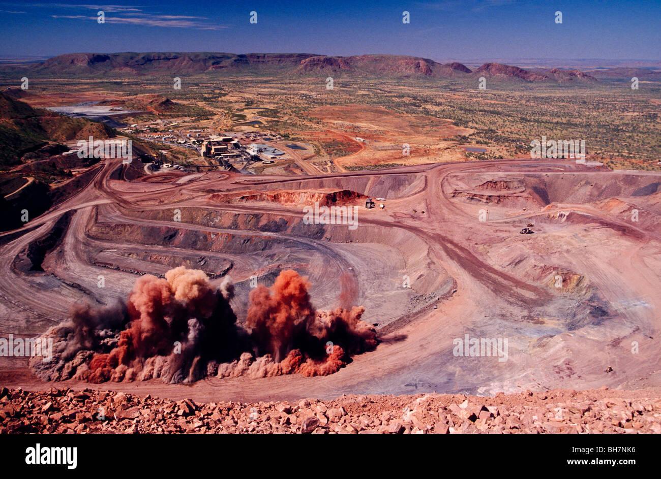 Argyle Diamond Mine, Australia Stock Photo: 27830186