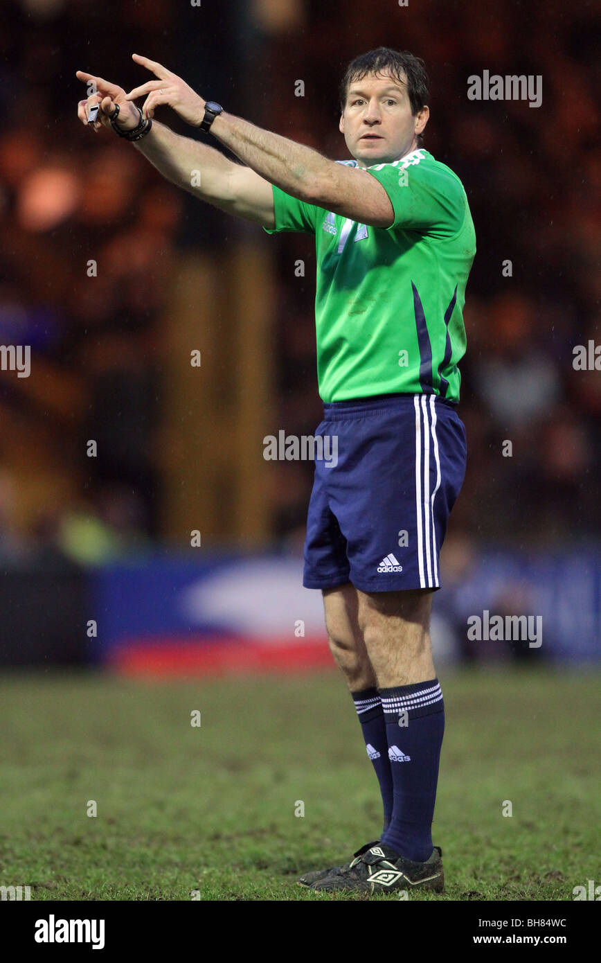 ALAIN ROWLAND RUGBY UNION REFEREE EDGELEY PARK  STOCKPORT  ENGLAND 24/01/2010 - Stock Image