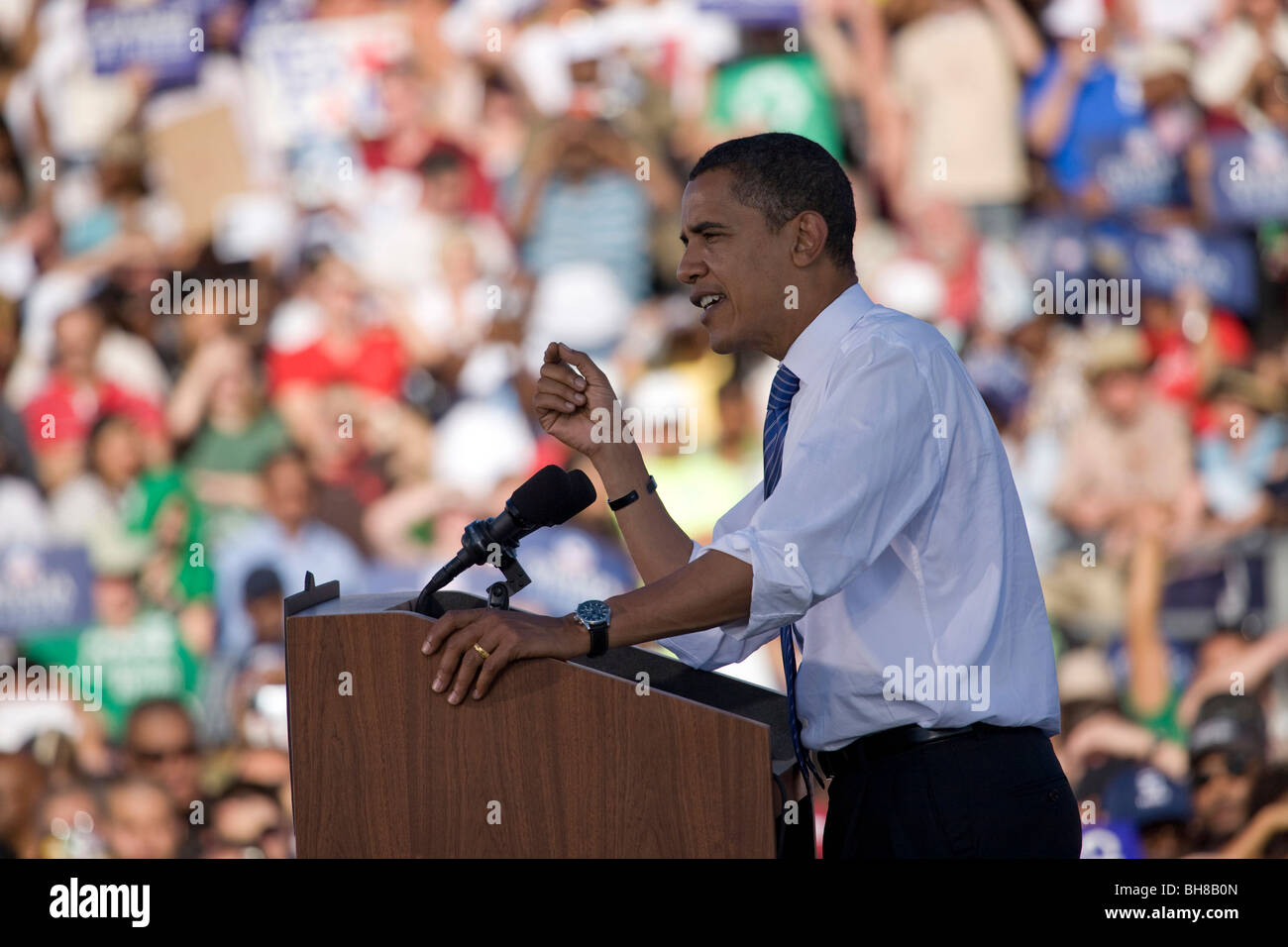 US Senator Barack Obama speaking from podium at Early Vote for Change Presidential rally October 25, 2008 at Bonanza Stock Photo