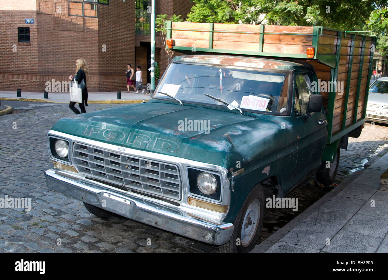 Buenos Aires Argentina old car truck street - Stock Image