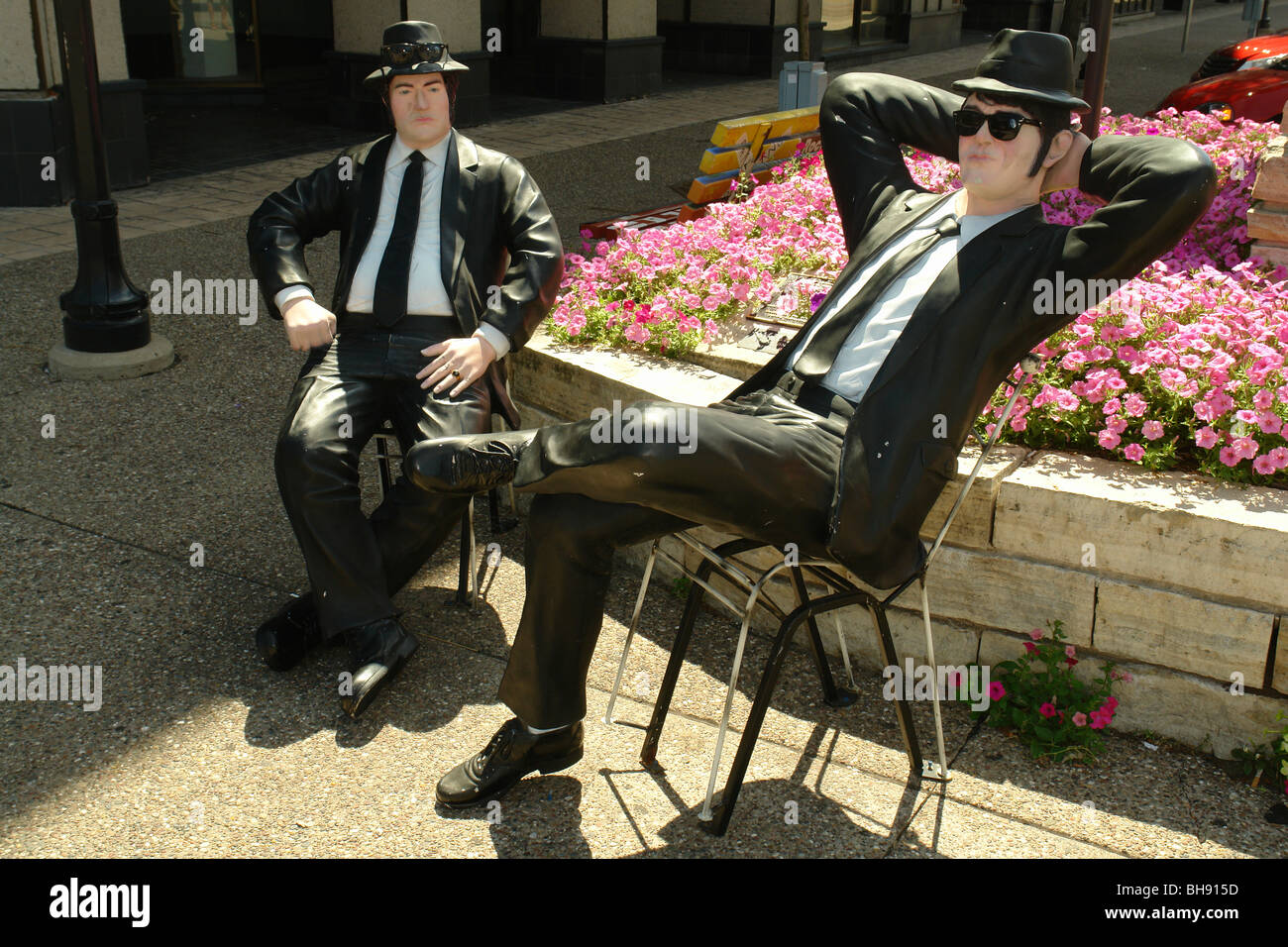 AJD65035, Rock Island, IL, Illinois, The Blues Brothers Statues, Downtown - Stock Image