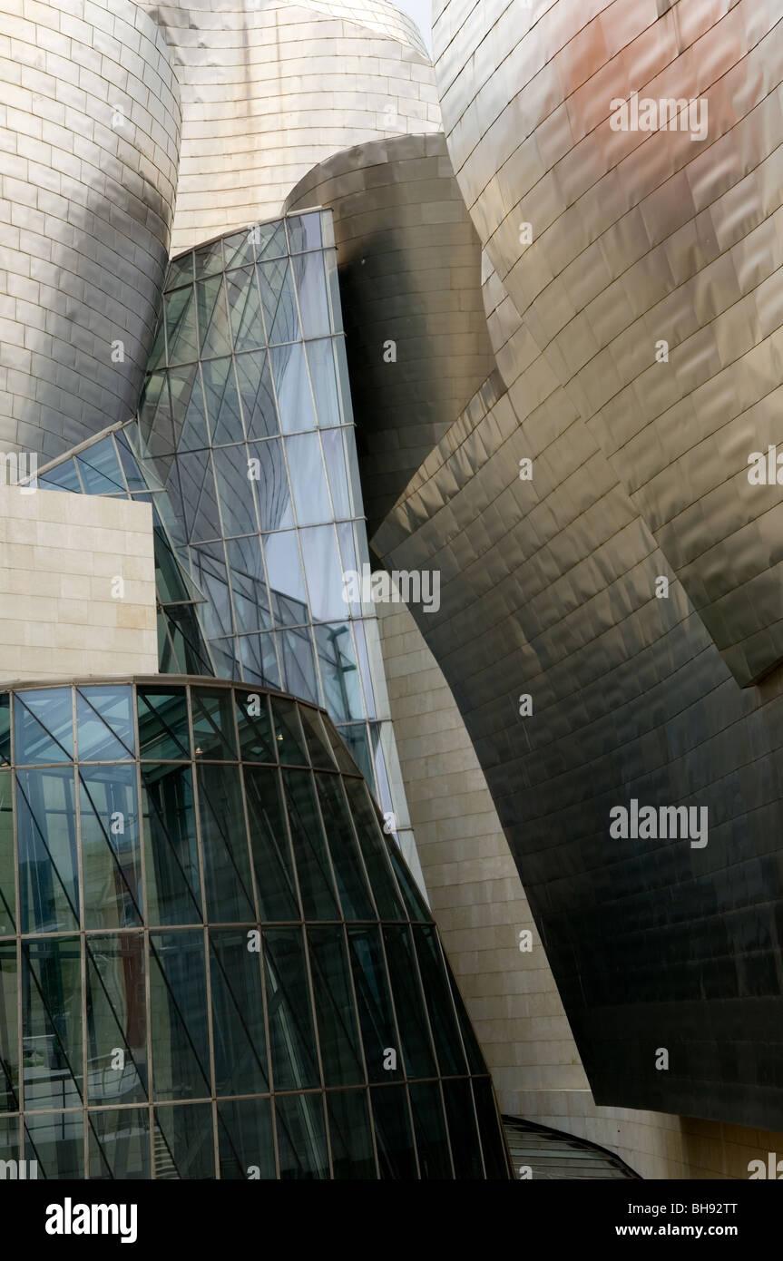The Guggenheim Museum of modern art, by architect Frank Gehry, Bilbao, Pais Vasco, Spain - Stock Image