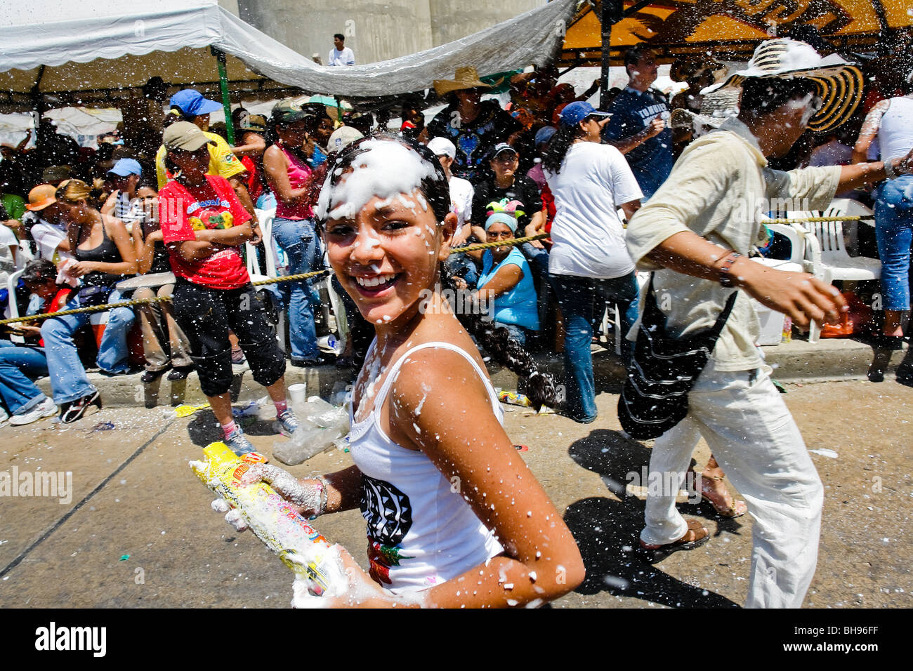 The foam battle during the Carnival of Barranquilla 2006, Colombia. Stock Photo