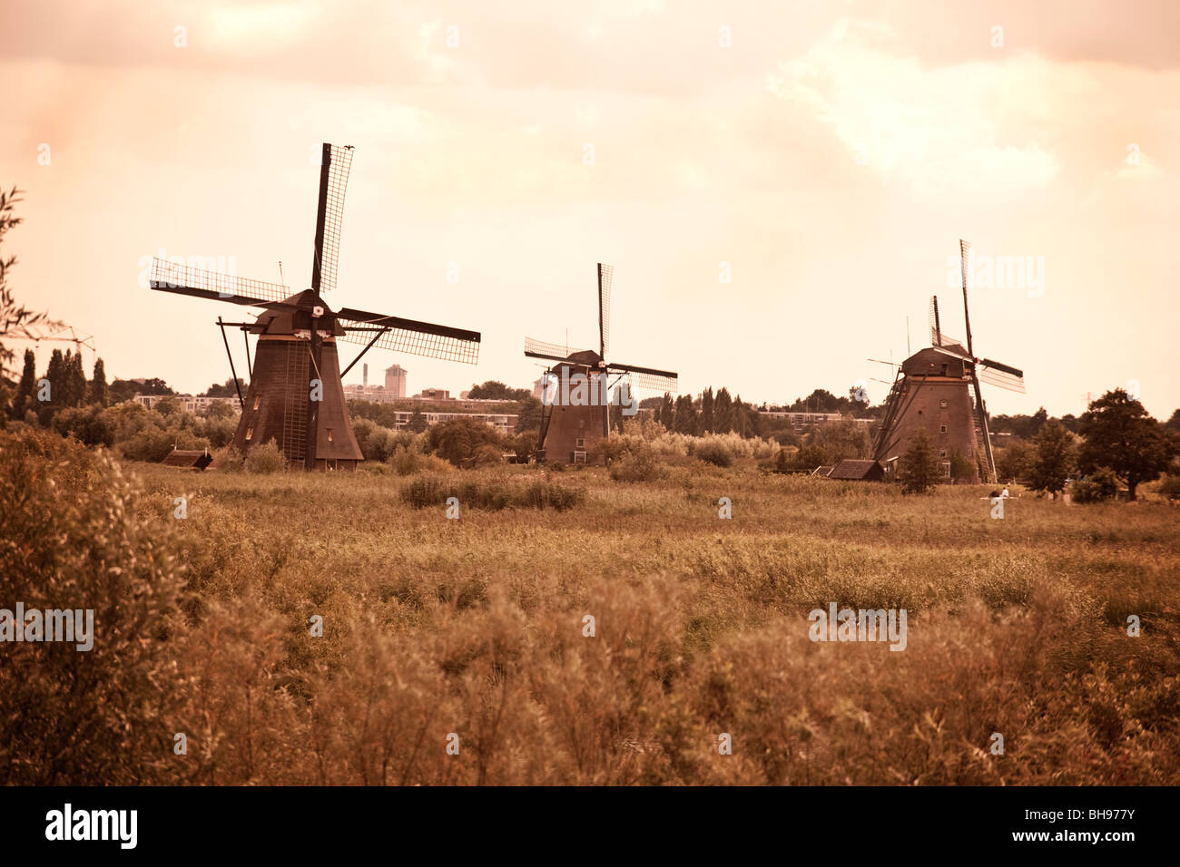 Windmills at Kinderdijk, Zuid-Holland, the Netherlands. (windmills under the worldwide Unesco protection) - Stock Image