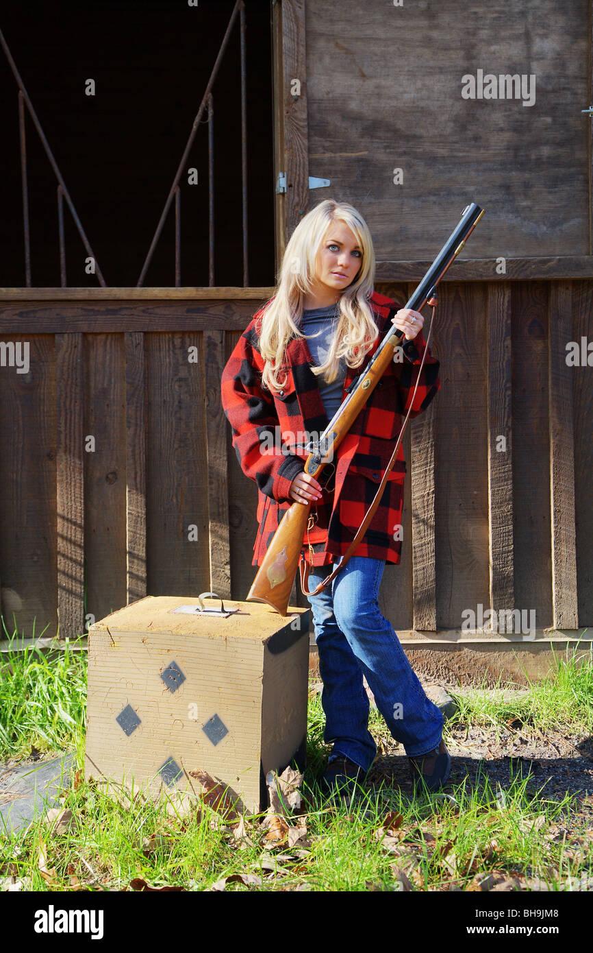 Hawken Rifle Stock Photos & Hawken Rifle Stock Images - Alamy