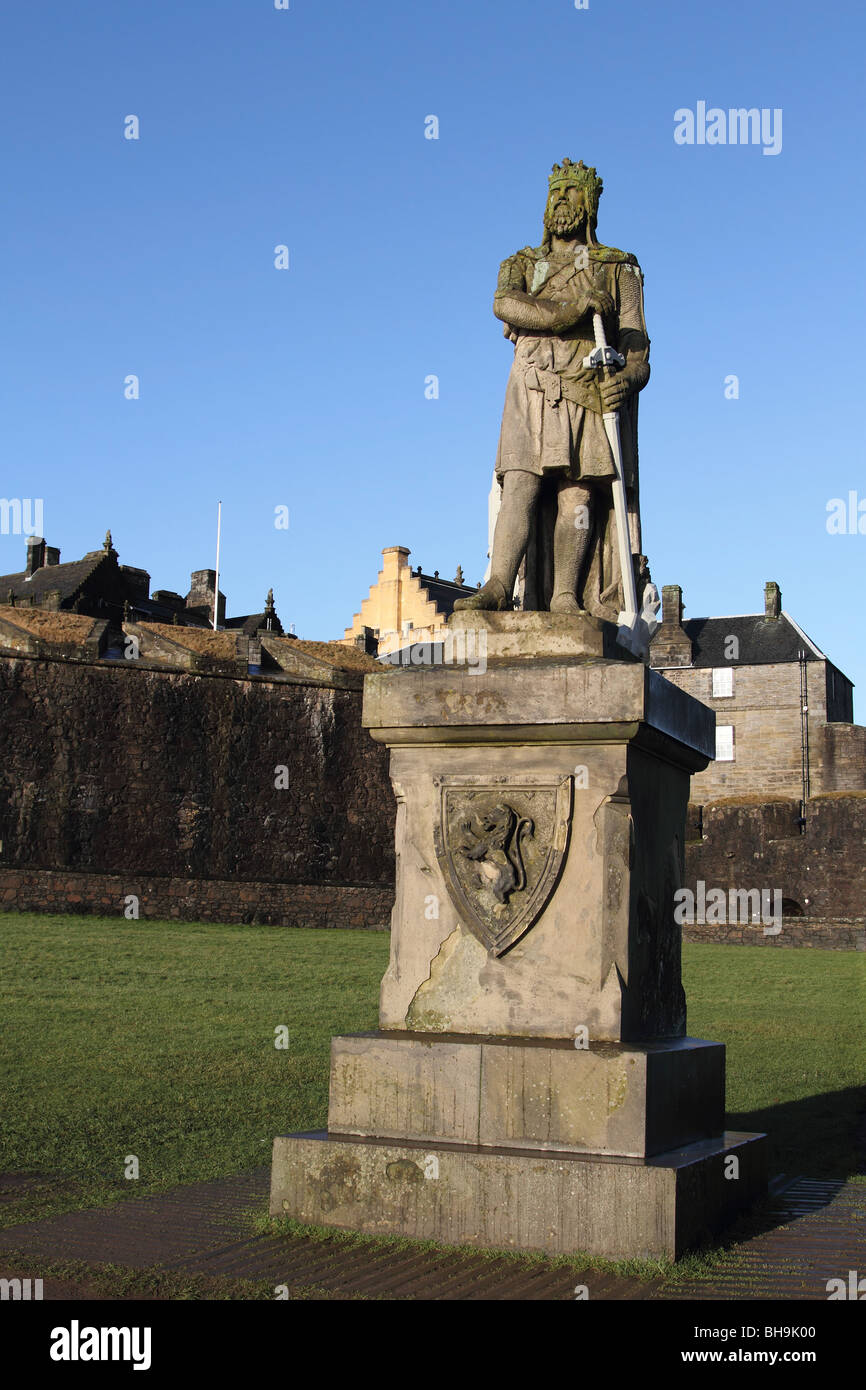 Statue of Robert The Bruce outside Stirling Castle Stock Photo