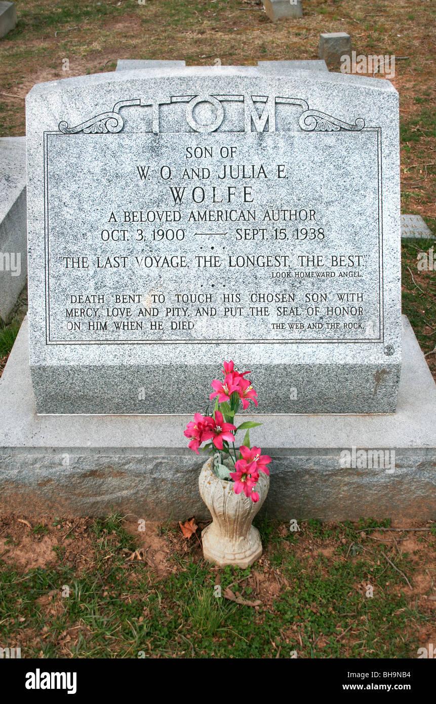Thomas Clayton Wolfe tombstone Asheville NC - Stock Image