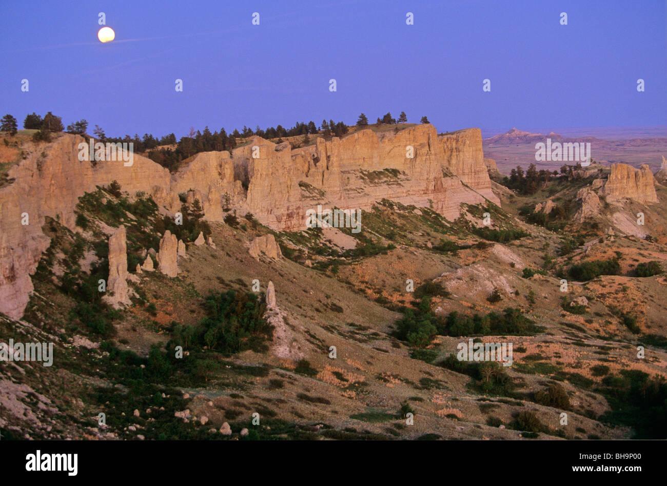 Moonrise over Slim Buttes, Custer National Forest, Harding County, South Dakota, USA - Stock Image