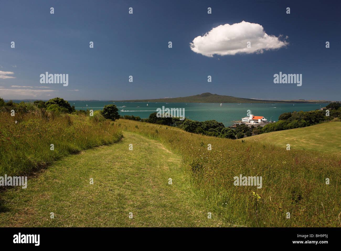 Bastion Point, Orakei & Rangitoto Island, Auckland, New Zealand - Stock Image