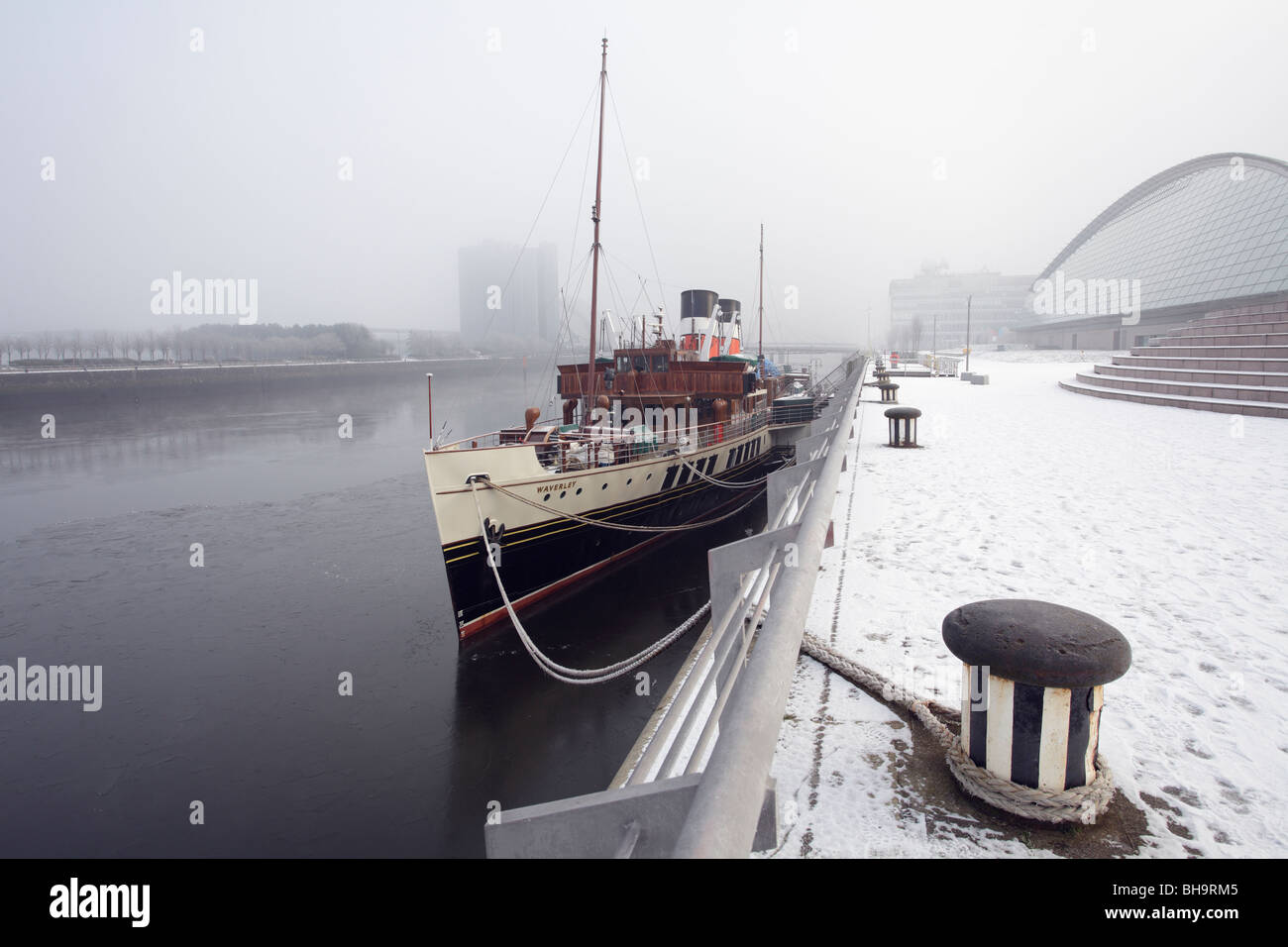 The Waverley Paddle Steamer berthed at a snowy Pacific Quay on the River Clyde in Glasgow, Scotland, UK Stock Photo