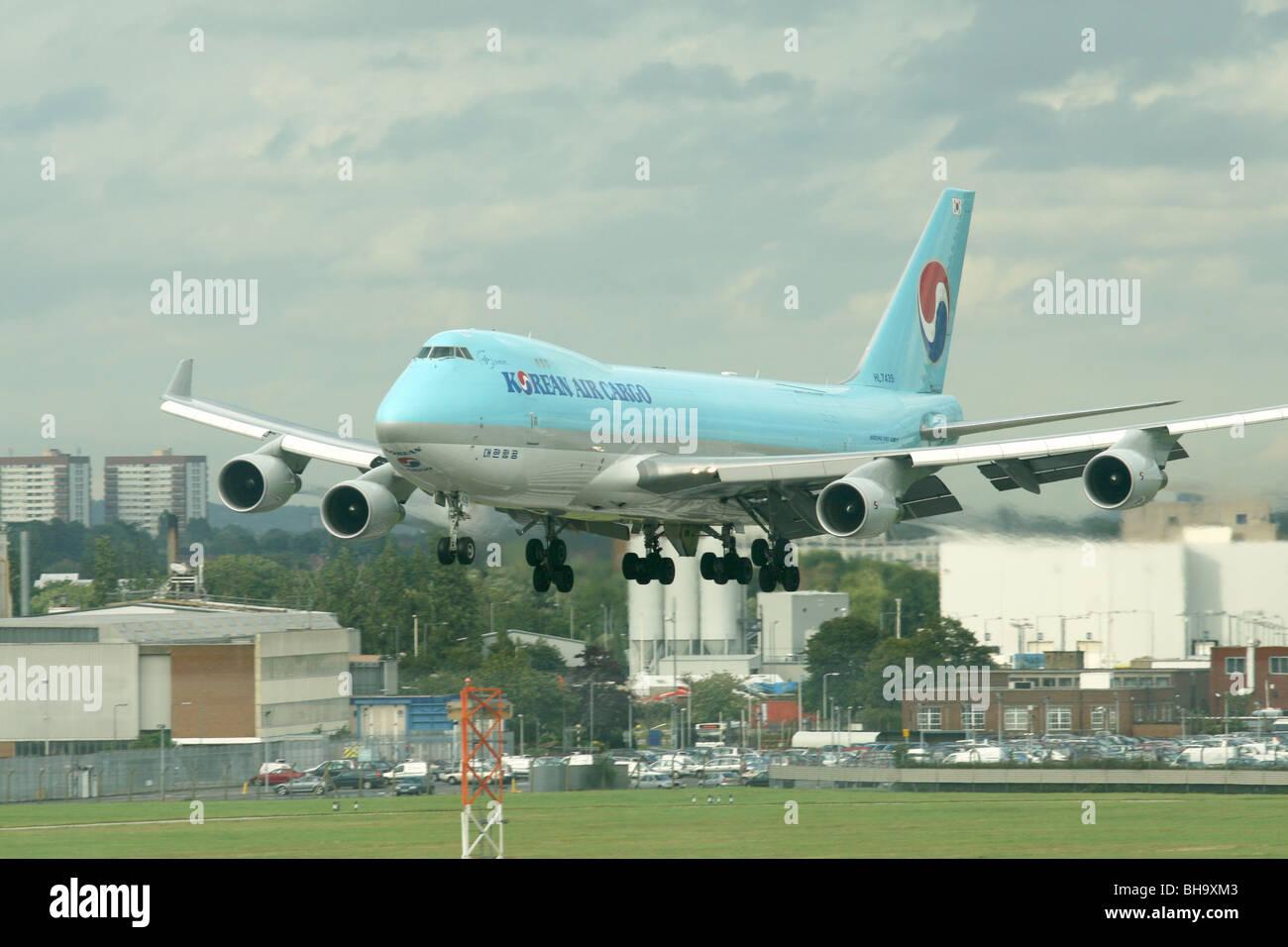 Korean Air Cargo 747, Jumbo jet, landing at Heathrow airport. - Stock Image