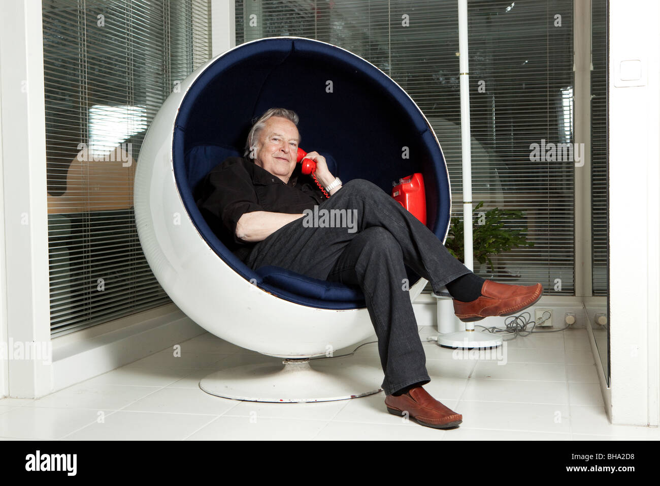 eero aarnio designer of ball chair stock photo 27880980 alamy