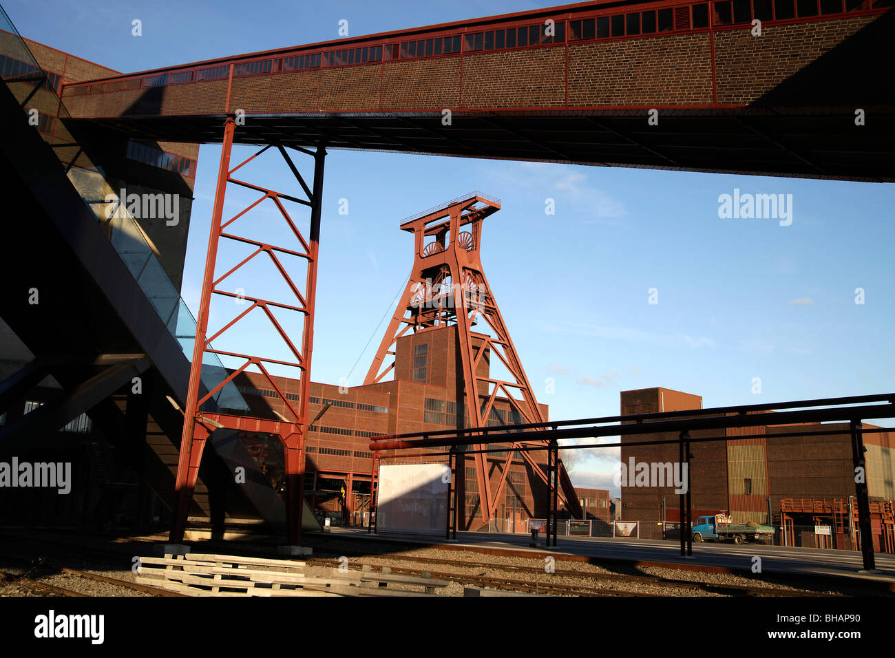 The winding tower of shaft 12 at the Zollverein Coal Mine Complex Essen, North Rhine-Westphalia, Germany - Stock Image