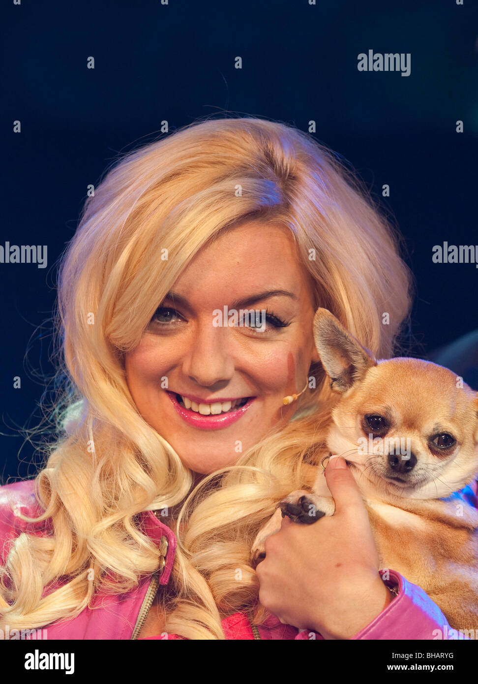 Sheridan Smith as Elle Woods at the launch photocall of Legally Blonde the Musical - Stock Image