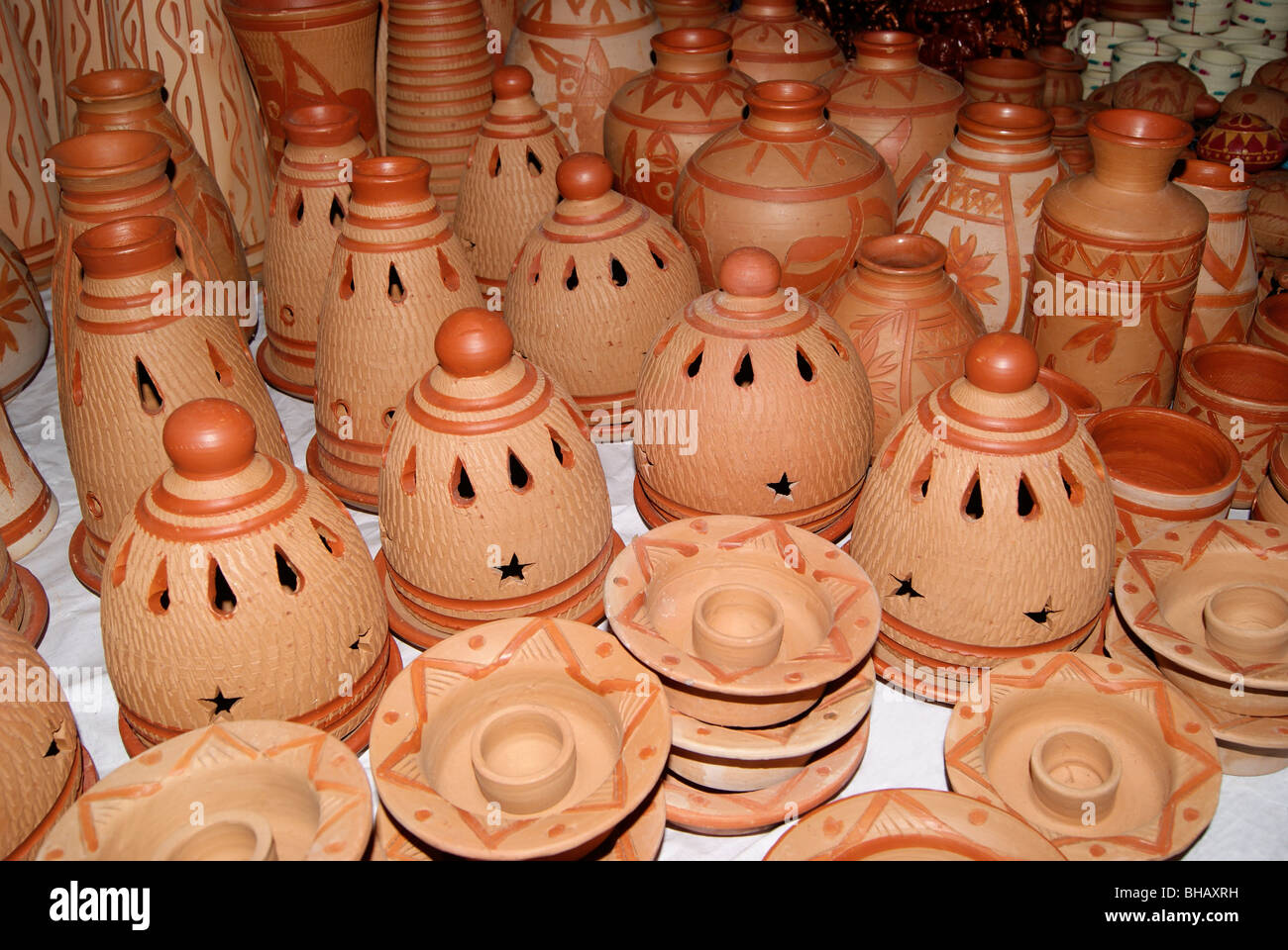 Cute Pottery Handicrafts Made Up Of Pure Natural Clay Coconut